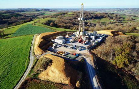 Photographie-aérienne-drone-Exploitation-pétrolière